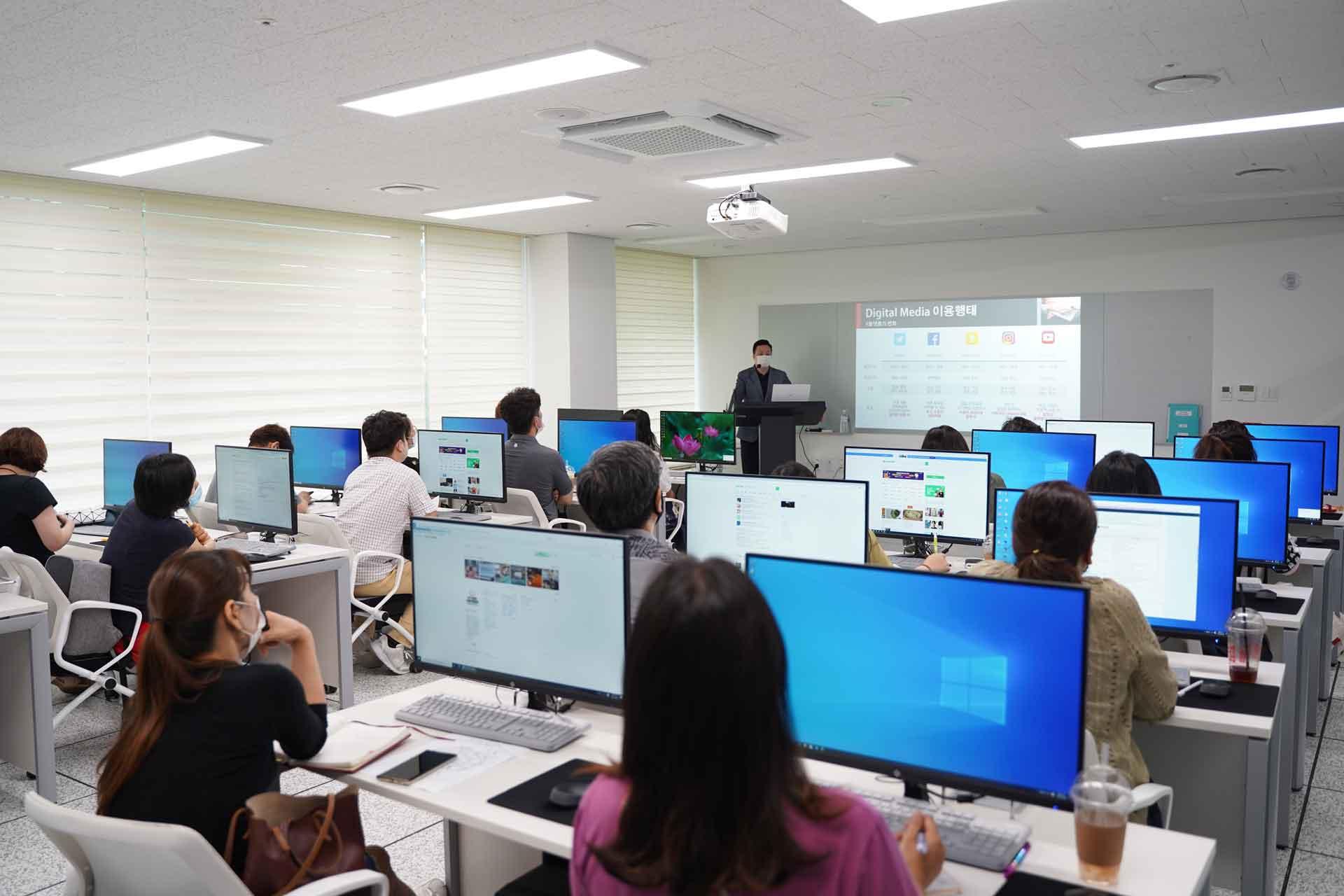 SNS교육_③-SNS-마케팅-실무-역량-강화-교육
